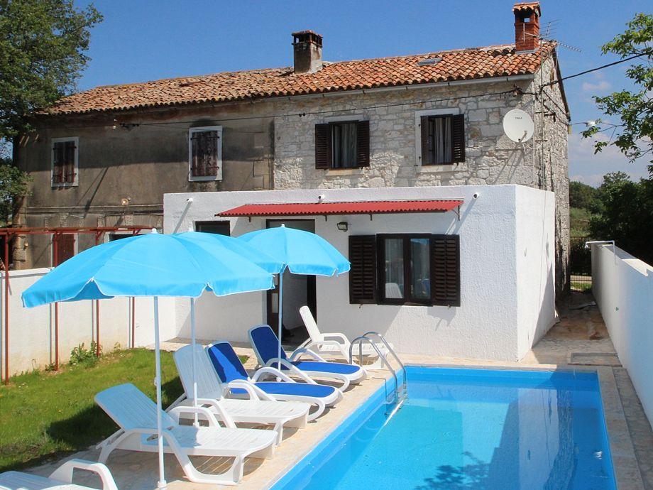 Schlafzimmer Mit Pool : Ferienhaus Mit Pool In Kroatien Ansicht ...
