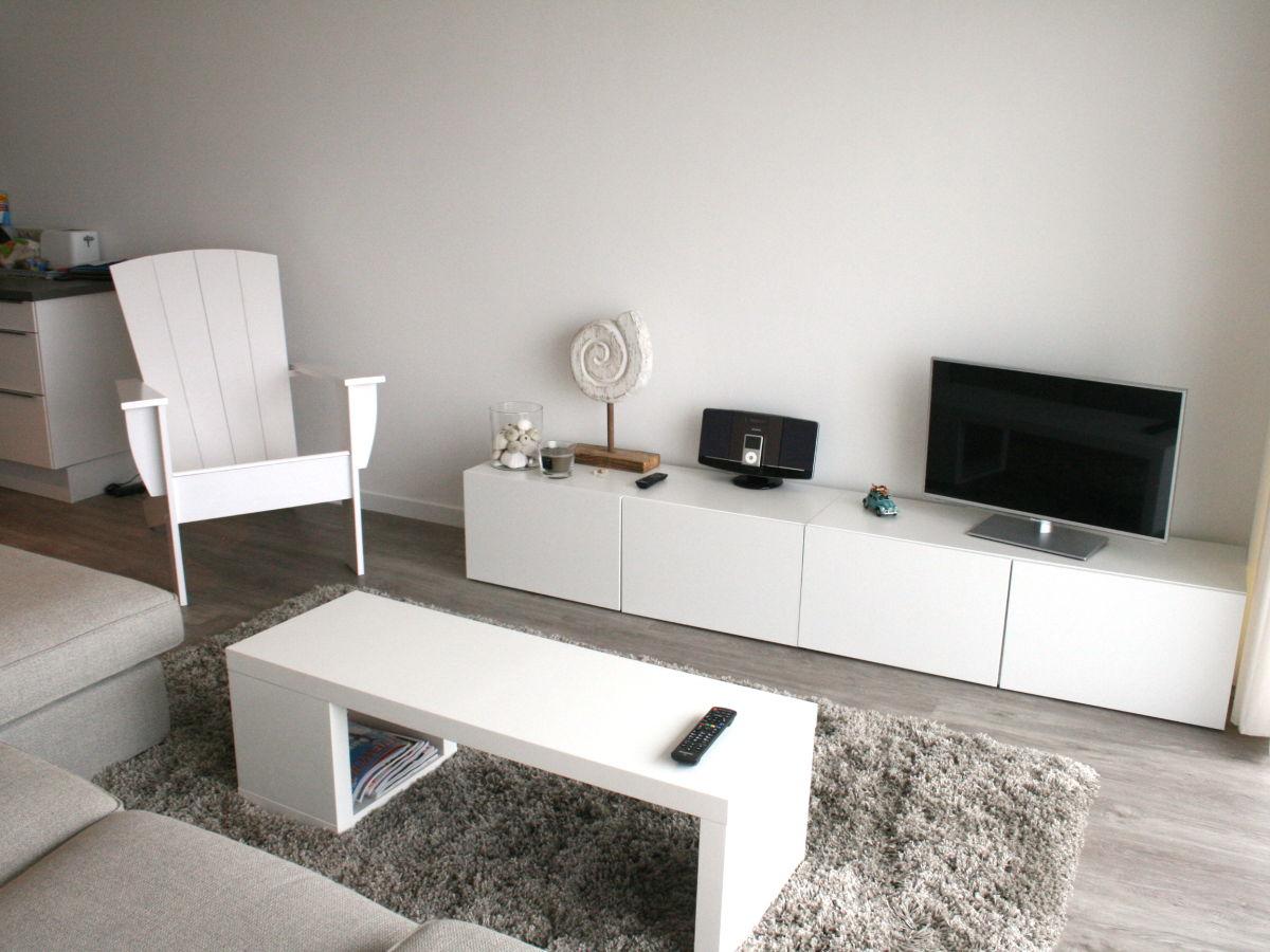 Das Moderne Wohnzimmer Mit Tageslicht: Deko