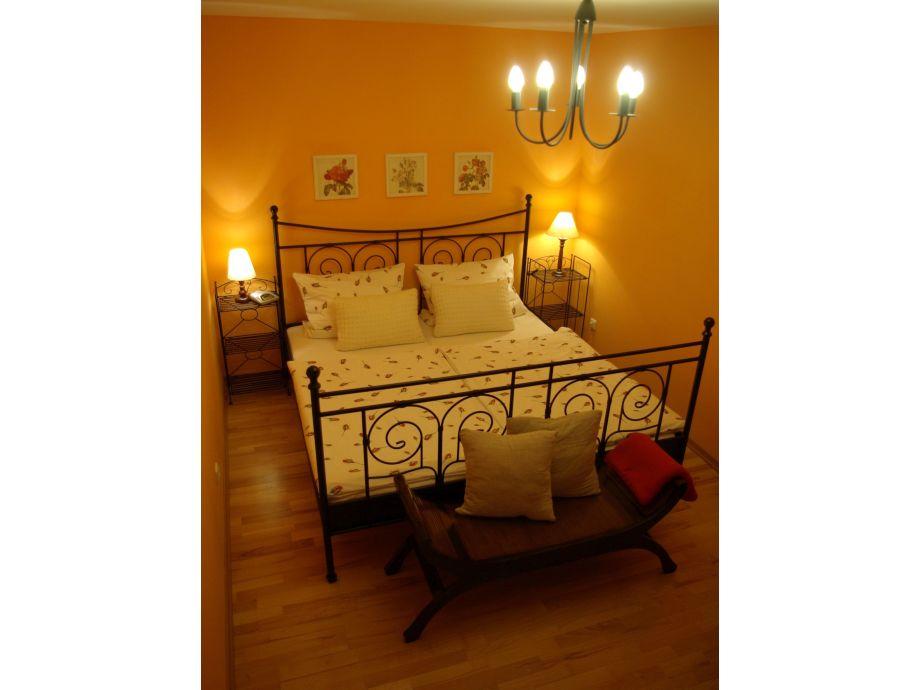 Doppelbett 180x200cm mit Einzelmatratzen