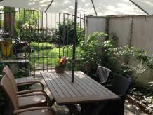 Apartment im Schnoor mit Terrasse und Garten