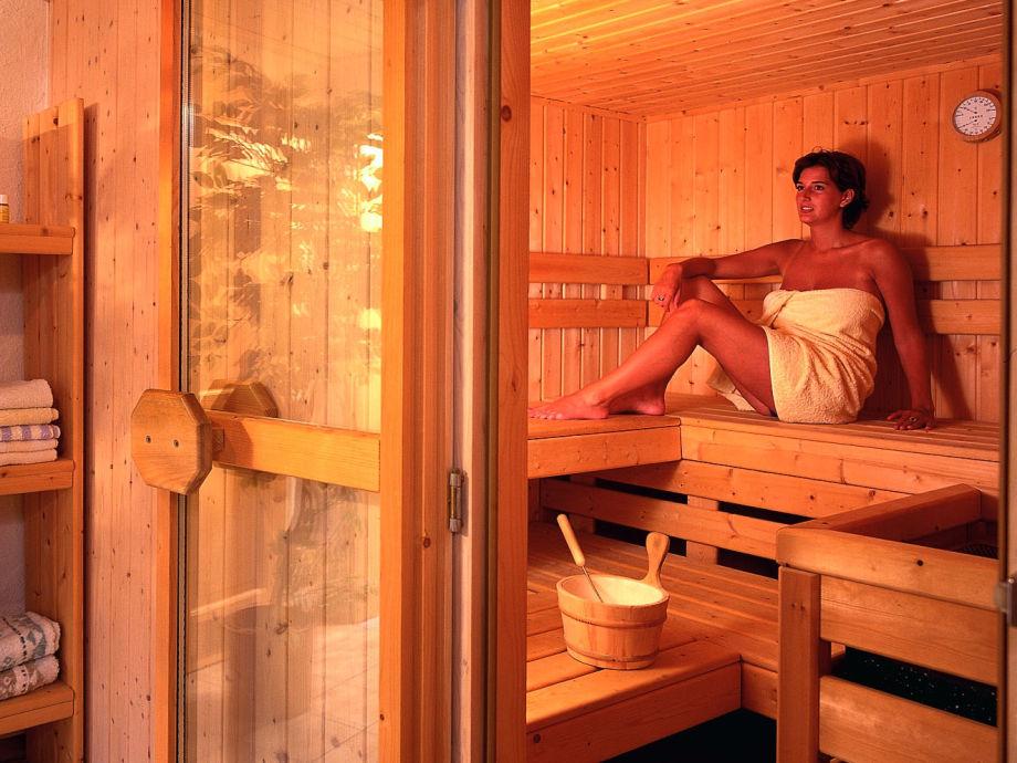 ferienwohnung im ferienhaus haussmann f r bis zu 6. Black Bedroom Furniture Sets. Home Design Ideas