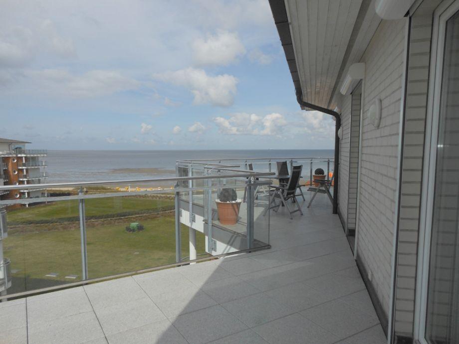 Großer Balkon mit Nordseeblick