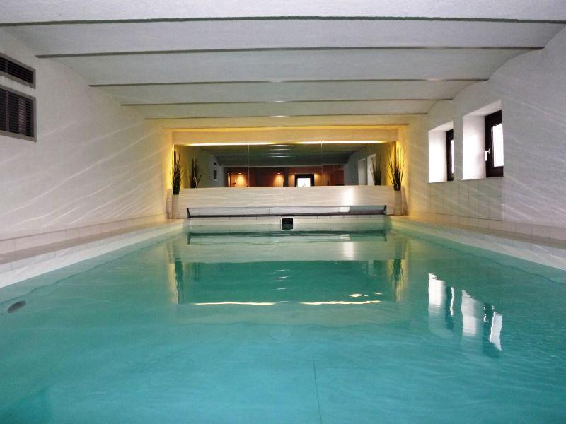 Ferienwohnung Mittelholstein mit Pool & Sauna