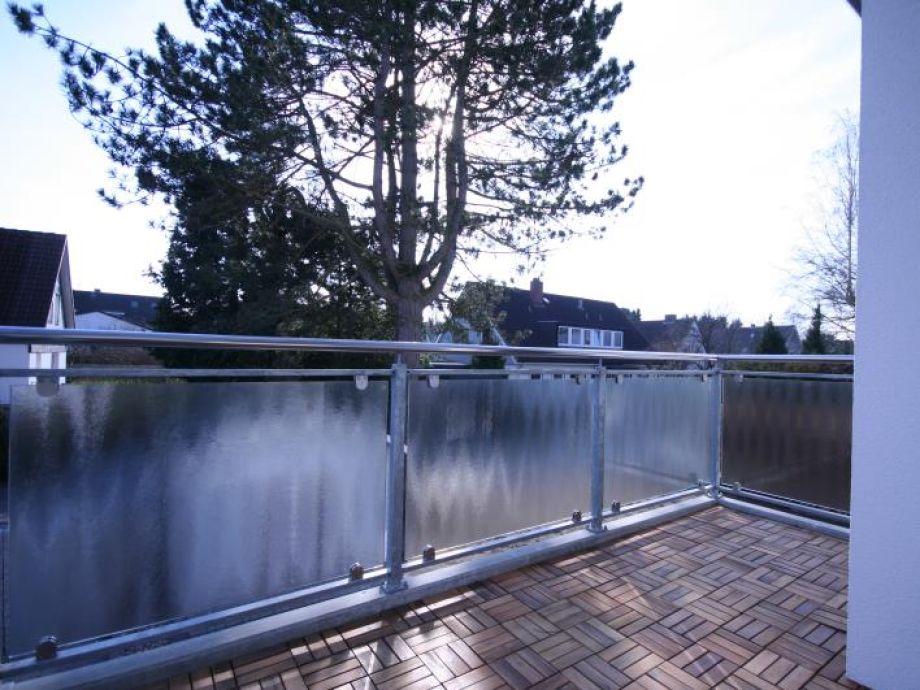 Der große Balkon der Ferienwohnung
