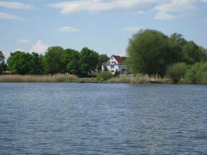 Ferienwohnung im Spreewald direkt am See