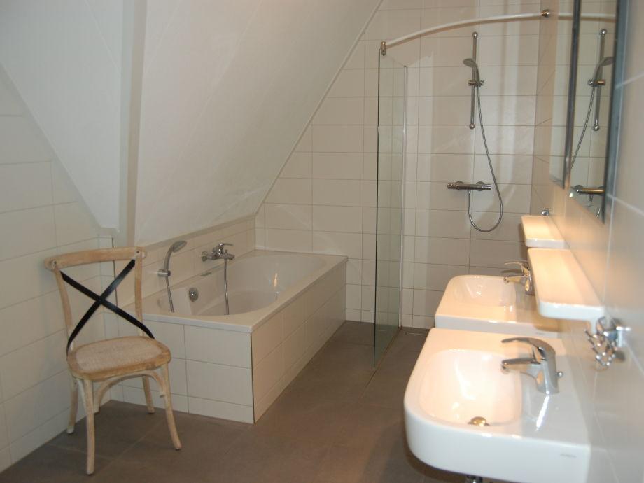 ferienhaus beachvilla royal ijsselmeer makkum firma beach resort makkum firma beach resort. Black Bedroom Furniture Sets. Home Design Ideas