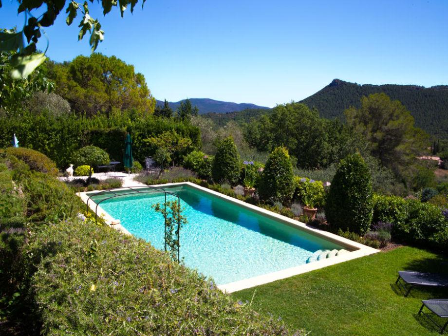 Außenaufnahme Villa Oliviens