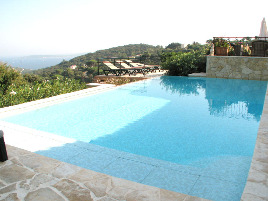 Villa STEMAX-045: Beauvallon- Sainte Maxime, Côte D'Azur