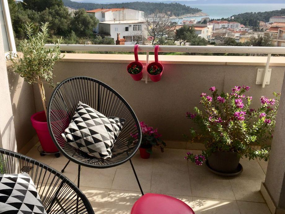 Balkon im Wohnzimmer mit Meerblick