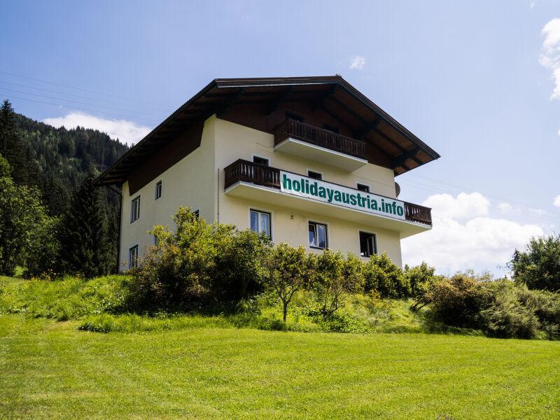Ferienhaus Tauernblick in sonniger Lage für ca 31 Pers.