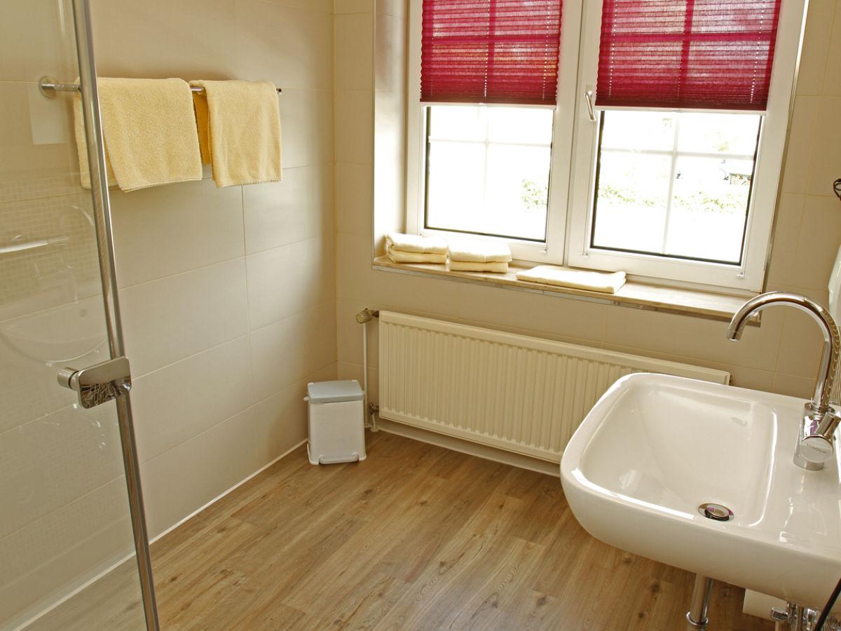ferienwohnung 6 im landhaus rosenhof cuxhaven firma bock fewo verwaltung frau nadja bock. Black Bedroom Furniture Sets. Home Design Ideas