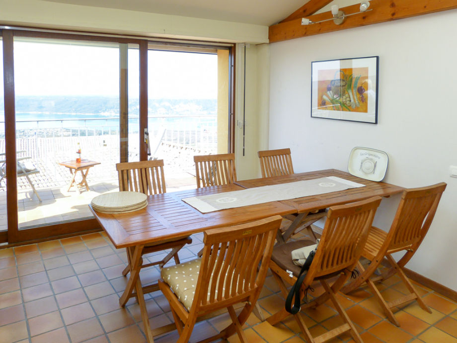 Eat In Kitchen With Stunning Views