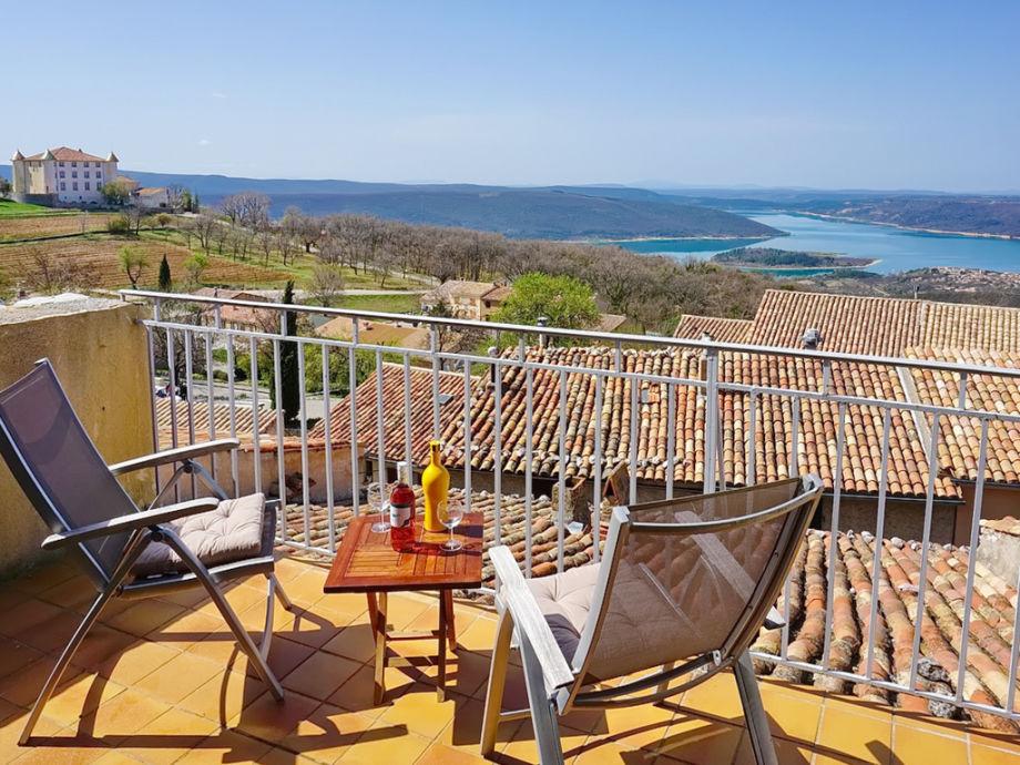 Ferienhaus mit Blick auf den See von Sainte-Croix
