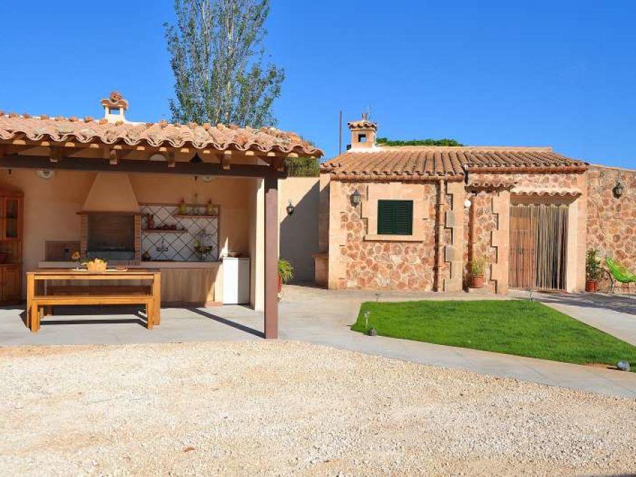 finca 123 llubi llubi mallorca balearen spanien. Black Bedroom Furniture Sets. Home Design Ideas