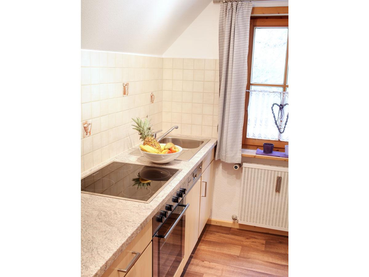 ferienwohnung schwarzenberg im haus antonie bayern allg u ostallg u f ssen k nigswinkel. Black Bedroom Furniture Sets. Home Design Ideas
