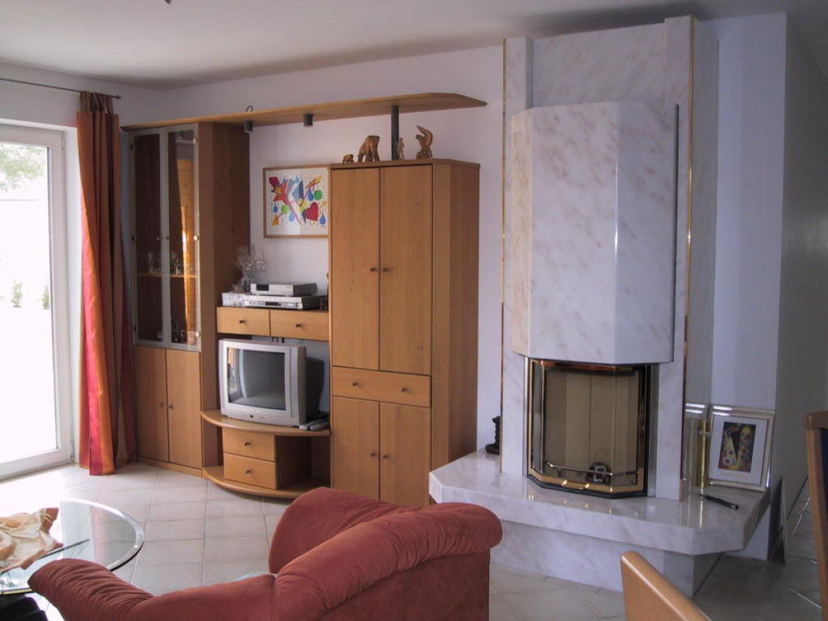Ferienhaus spree spreewald unterspreewald familie karl ludwig moritz - Wohnzimmer mit kamin ...