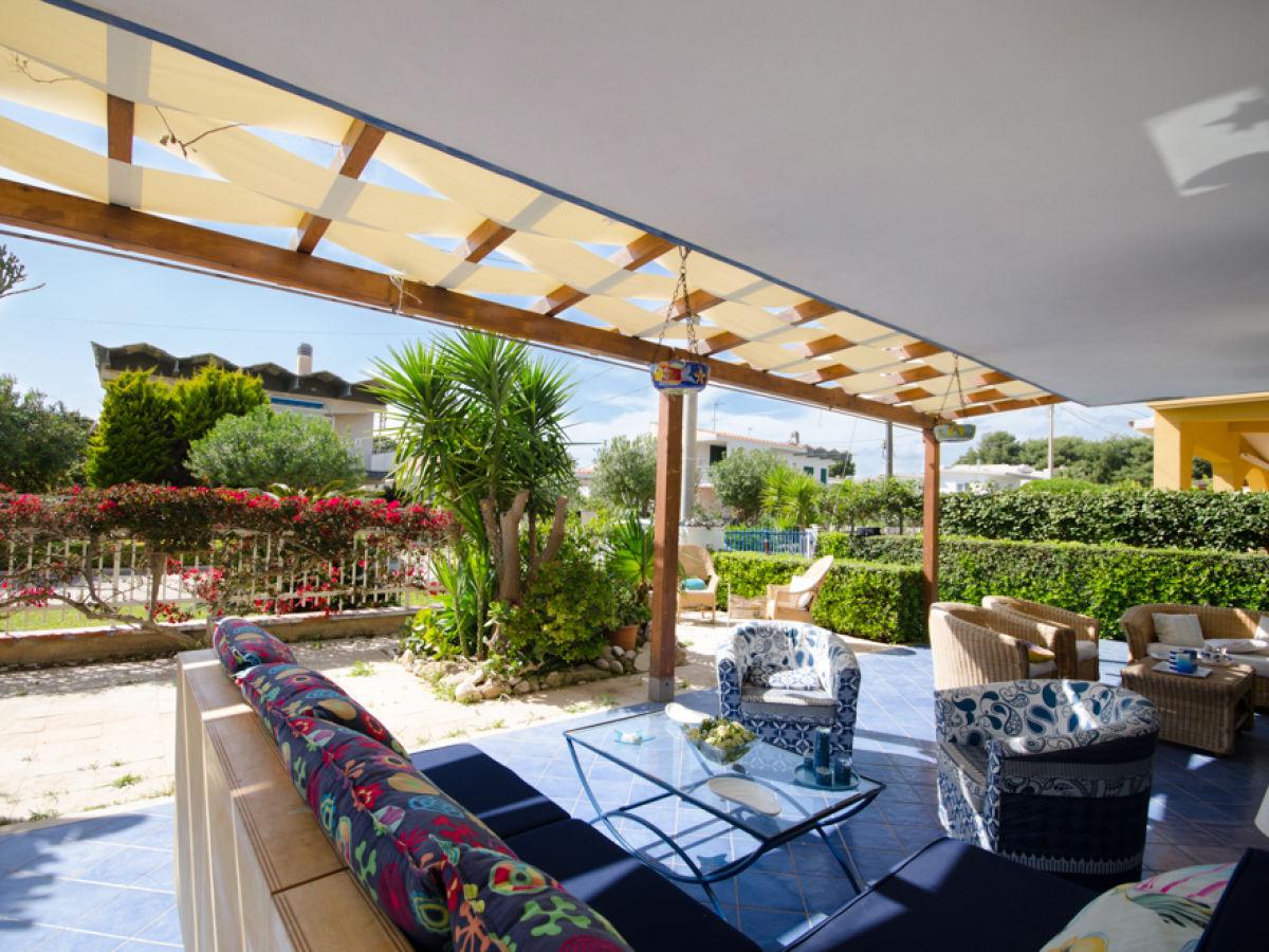 ferienhaus villa colibri scicli s dsizilien firma syrakus homes herr vincenzo arcuri. Black Bedroom Furniture Sets. Home Design Ideas