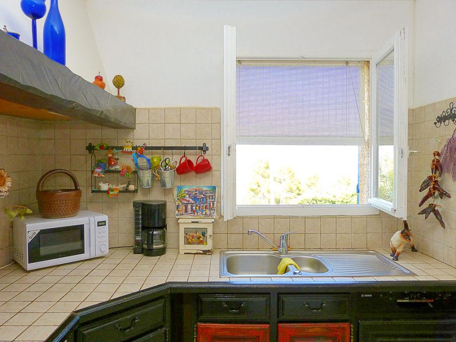 ferienhaus mit pool im hinterland der c te d 39 azur c te d 39 azur le beausset firma marion. Black Bedroom Furniture Sets. Home Design Ideas