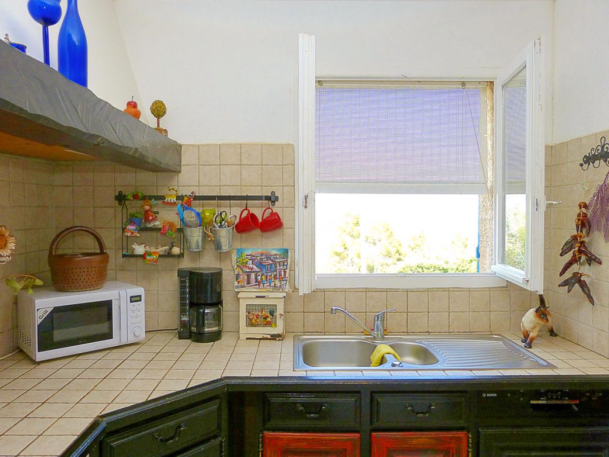 ferienhaus mit pool im hinterland der c te d 39 azur c te d. Black Bedroom Furniture Sets. Home Design Ideas