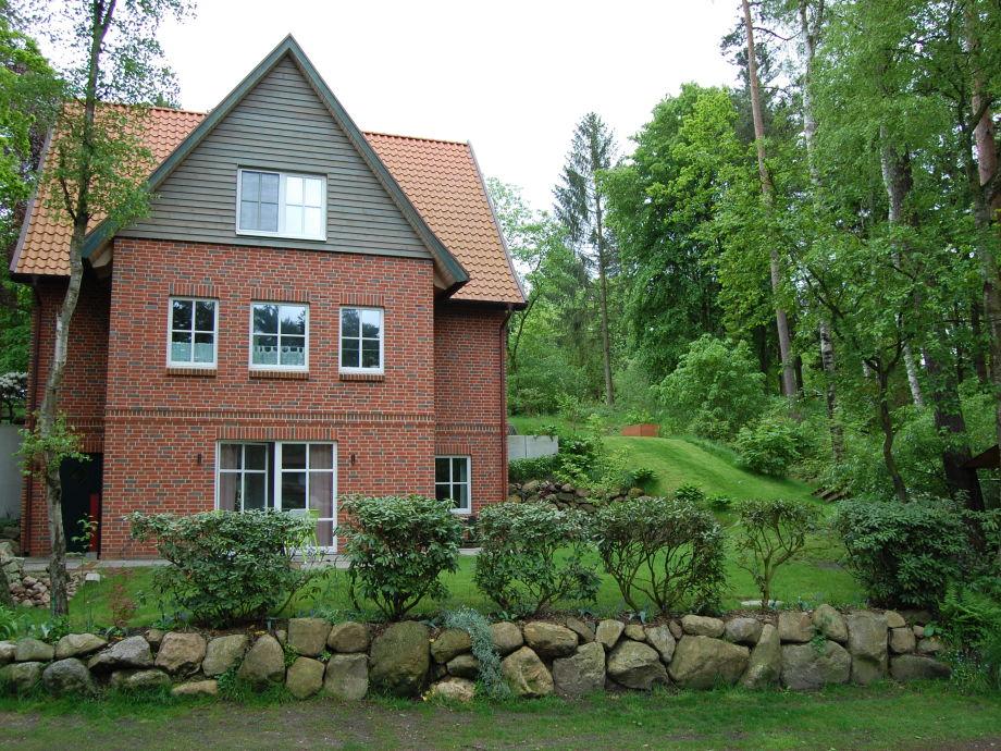 Ihr eigener Garten und Terrasse