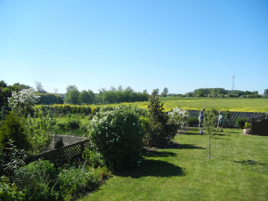 Garten mit Laube und traumhaftem Ausblick