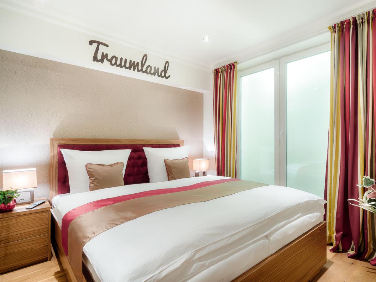 stylische 4 zi neubau ferienwohnung trendline. Black Bedroom Furniture Sets. Home Design Ideas