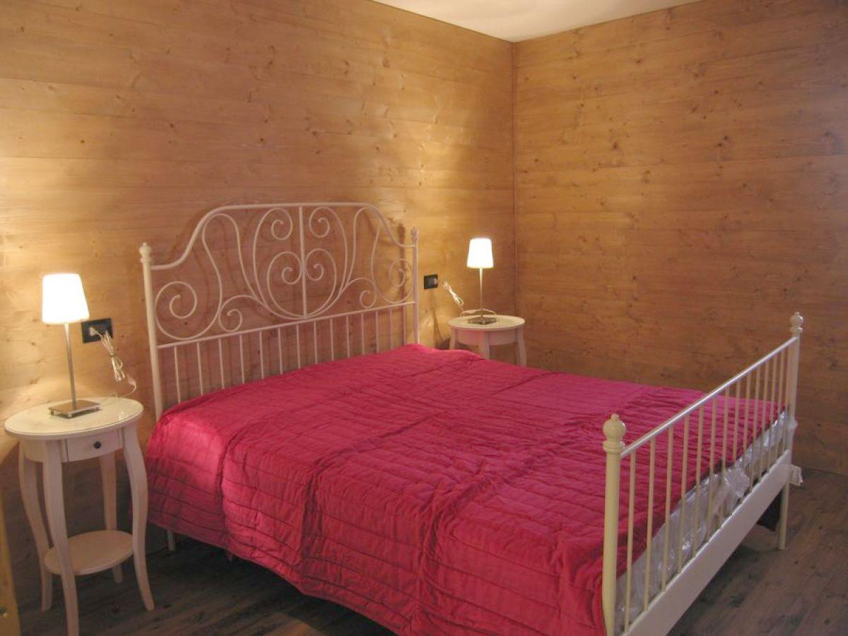 ferienwohnung casa ravizza storico italien trentino. Black Bedroom Furniture Sets. Home Design Ideas