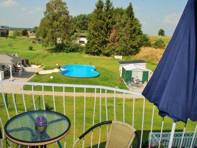 Fewo Poolblick mit Balkon