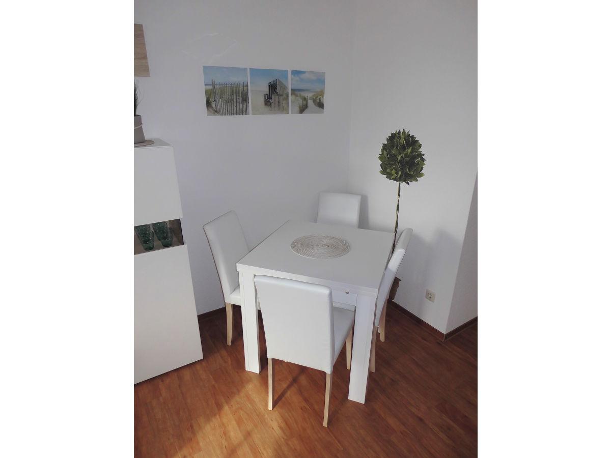 ferienwohnung binz mit wlan und fahrr dern binz r gen ostsee familie jessica marco riege. Black Bedroom Furniture Sets. Home Design Ideas