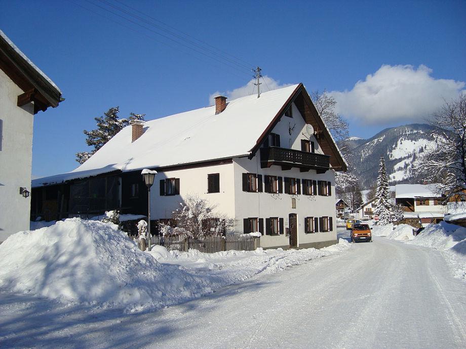 unser Haus zur Winterzeit