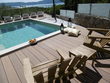 Apartment Stella Mare mit Swimmingpool