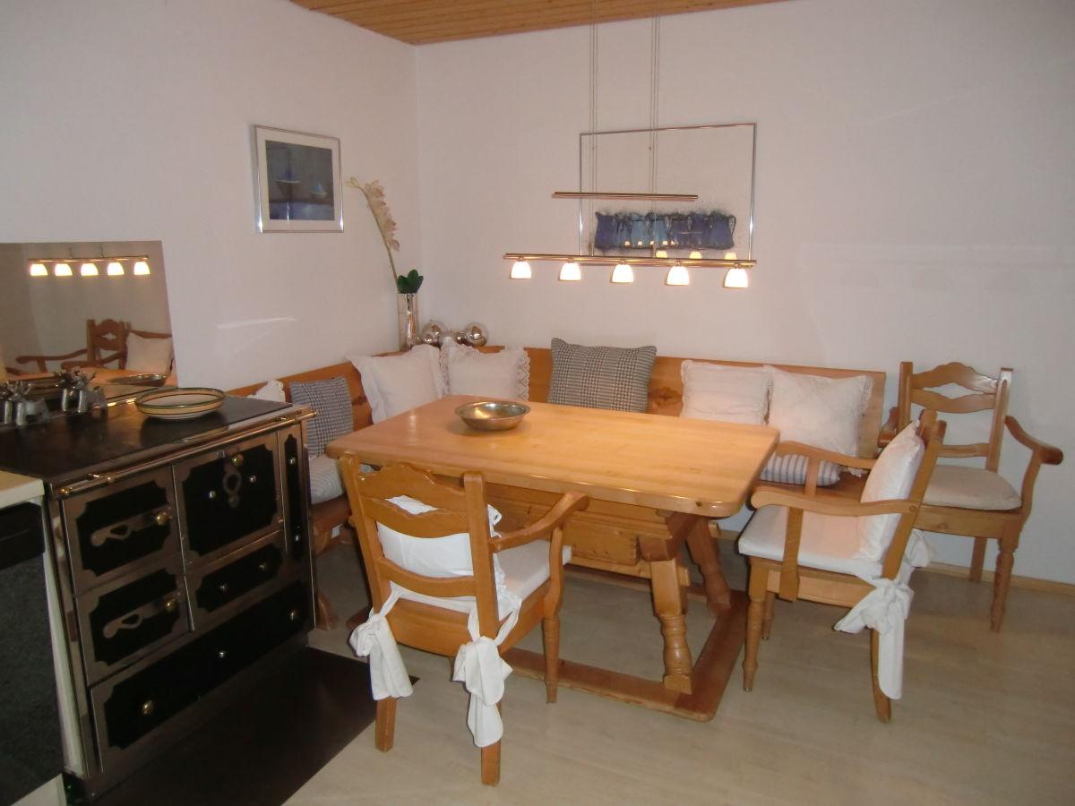 ferienwohnung 4 im ferienhaus bella bavaria garmisch partenkirchen frau anneliese trechsler. Black Bedroom Furniture Sets. Home Design Ideas