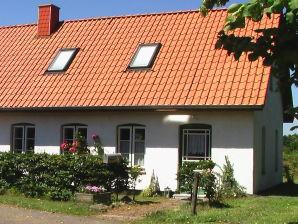 5 Sterne Ferienhaus Auf der Curlyfarm Klappholz