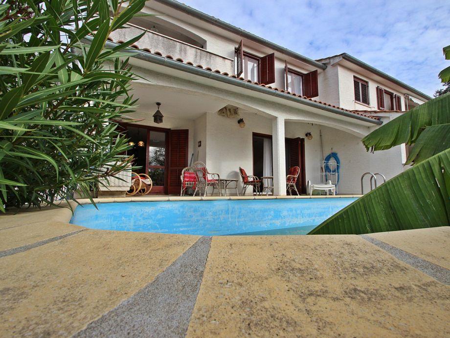Ferienhaus Paloma mit Pool