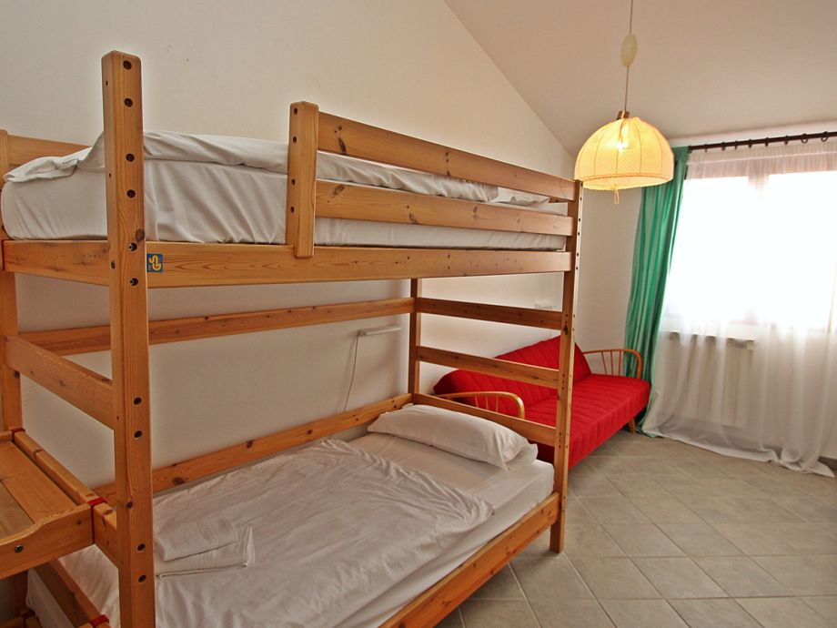 ferienhaus paloma porec istrien herr denis zivolic. Black Bedroom Furniture Sets. Home Design Ideas