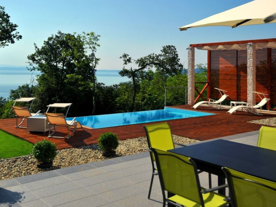 Villa Lina with wonderful outdoor area