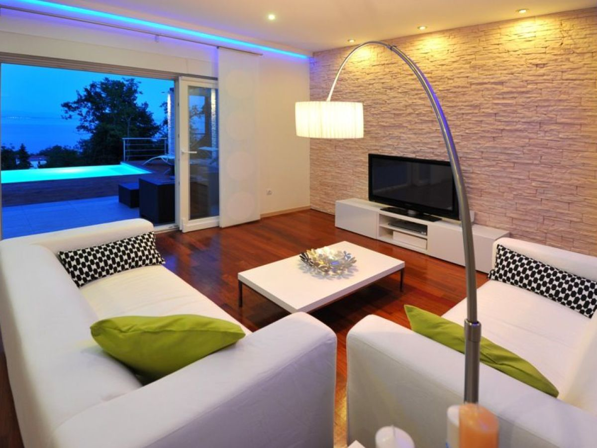 villa lina lovran firma myistria. Black Bedroom Furniture Sets. Home Design Ideas