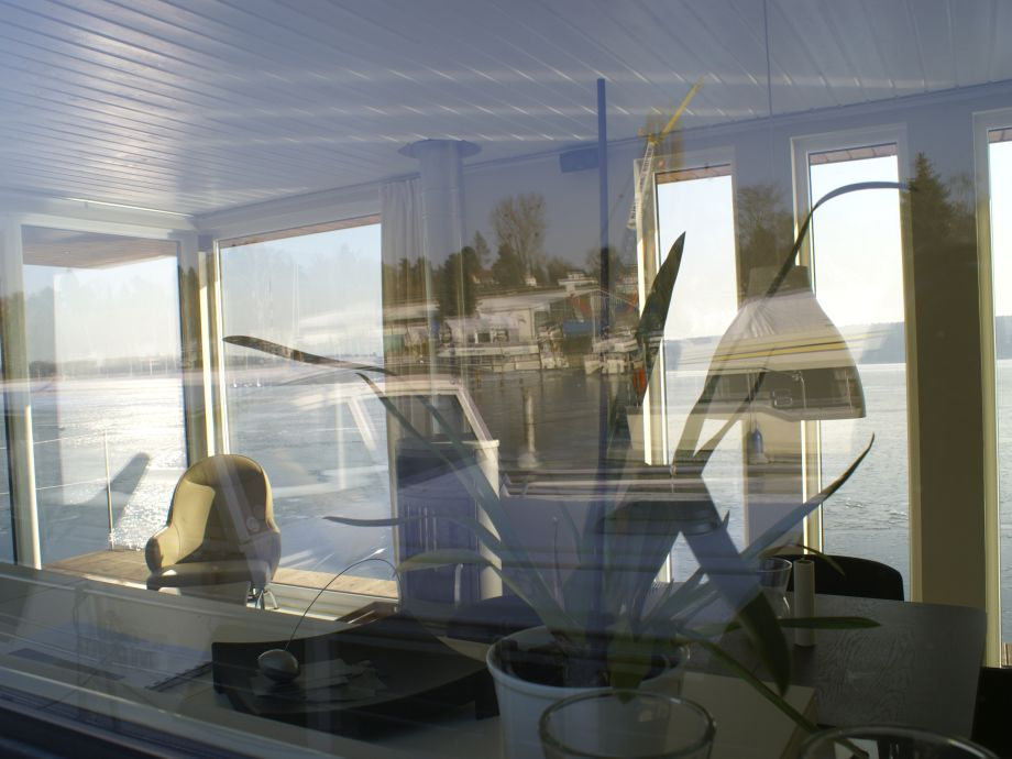 marina 141 ferien auf dem hausboot berlin. Black Bedroom Furniture Sets. Home Design Ideas