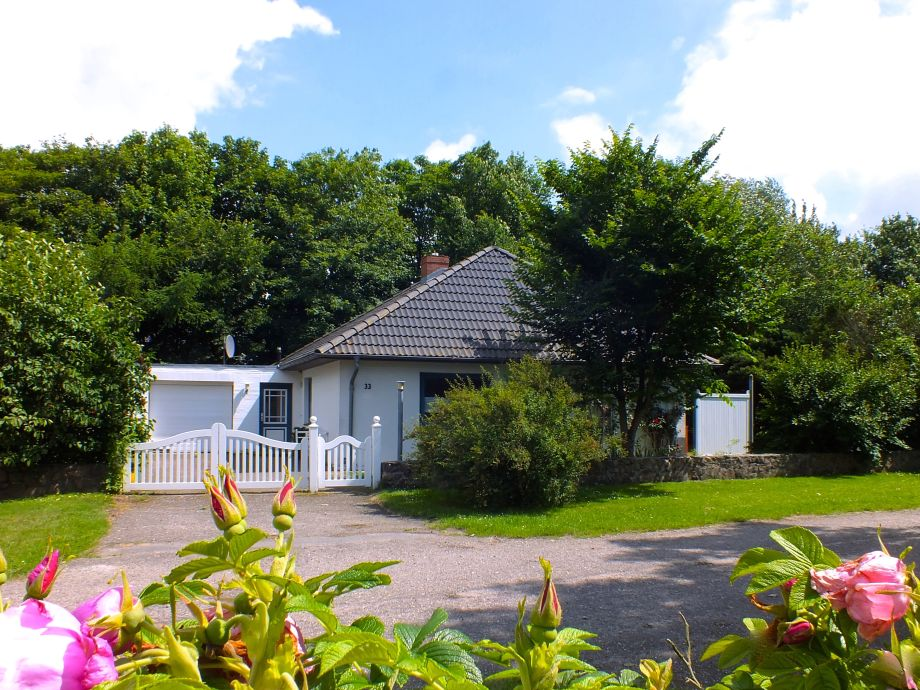 Freistehendes Einzelhaus in Nieblum mit Kamin u. Sauna