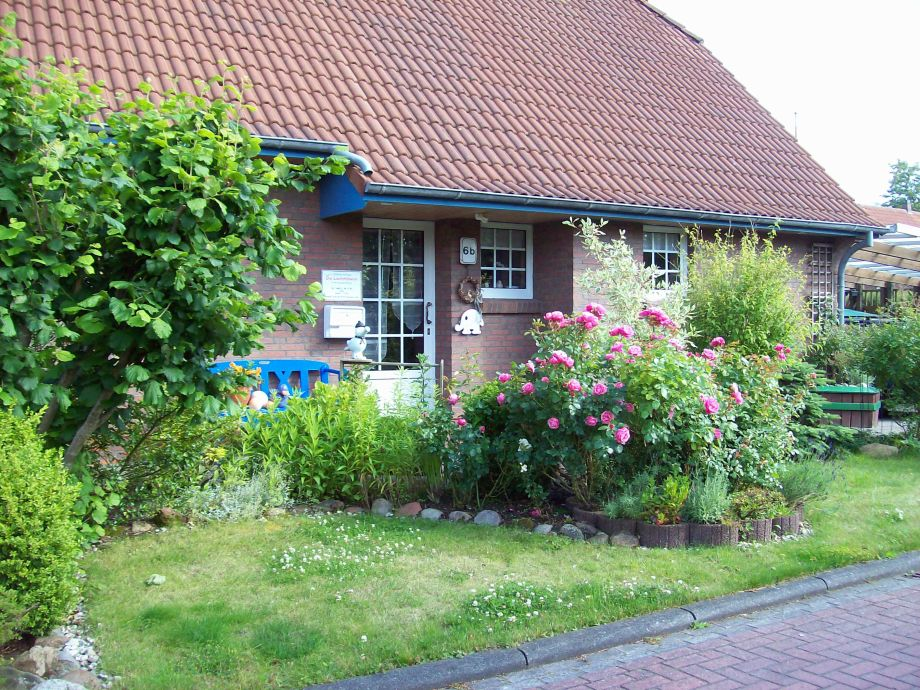 ferienhaus sander nordsee friesland wangerland hooksiel firma die lachm wen. Black Bedroom Furniture Sets. Home Design Ideas