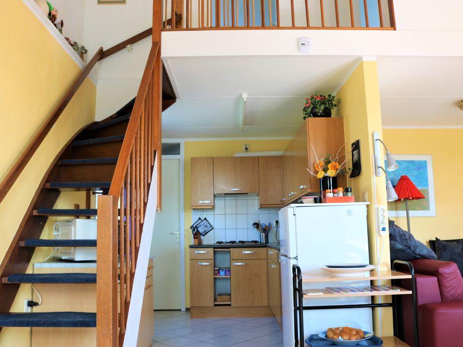 Treppenaufgang Tür ferienhaus vergissmeinnicht haus nr 238 nordseeküste julianadorp