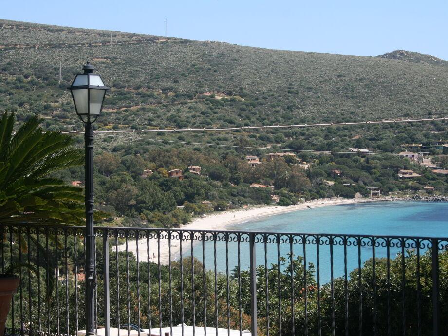 Schöner Blick aufs Meer von der Villa Laura