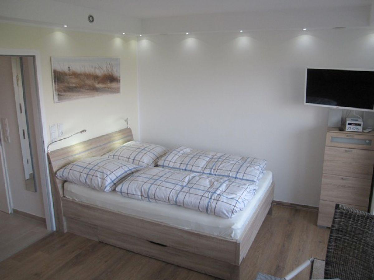 ferienwohnung deck 7 meerblick pool und sonnenterrasse horumersiel frau thea karth user. Black Bedroom Furniture Sets. Home Design Ideas