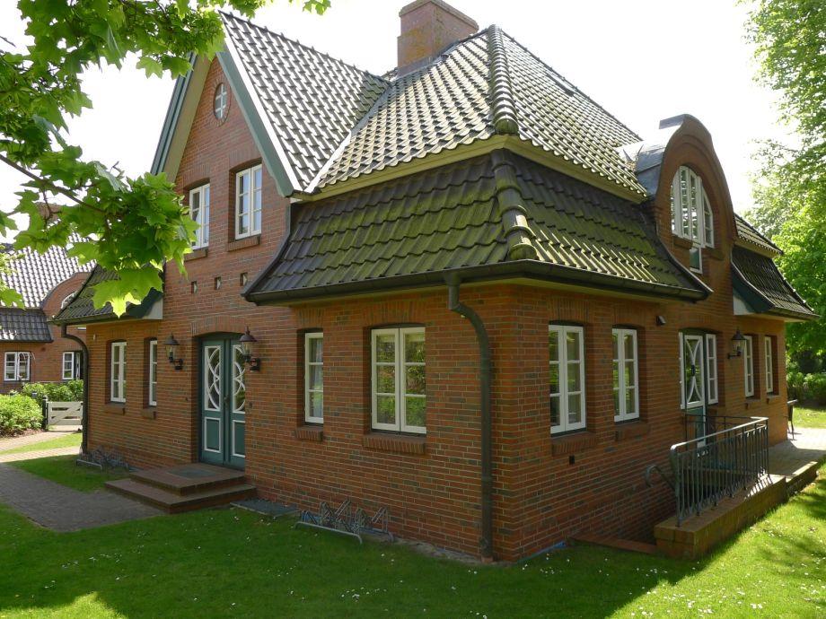 Schöne Doppelhaushälfte am alten Kurpark gelegen.