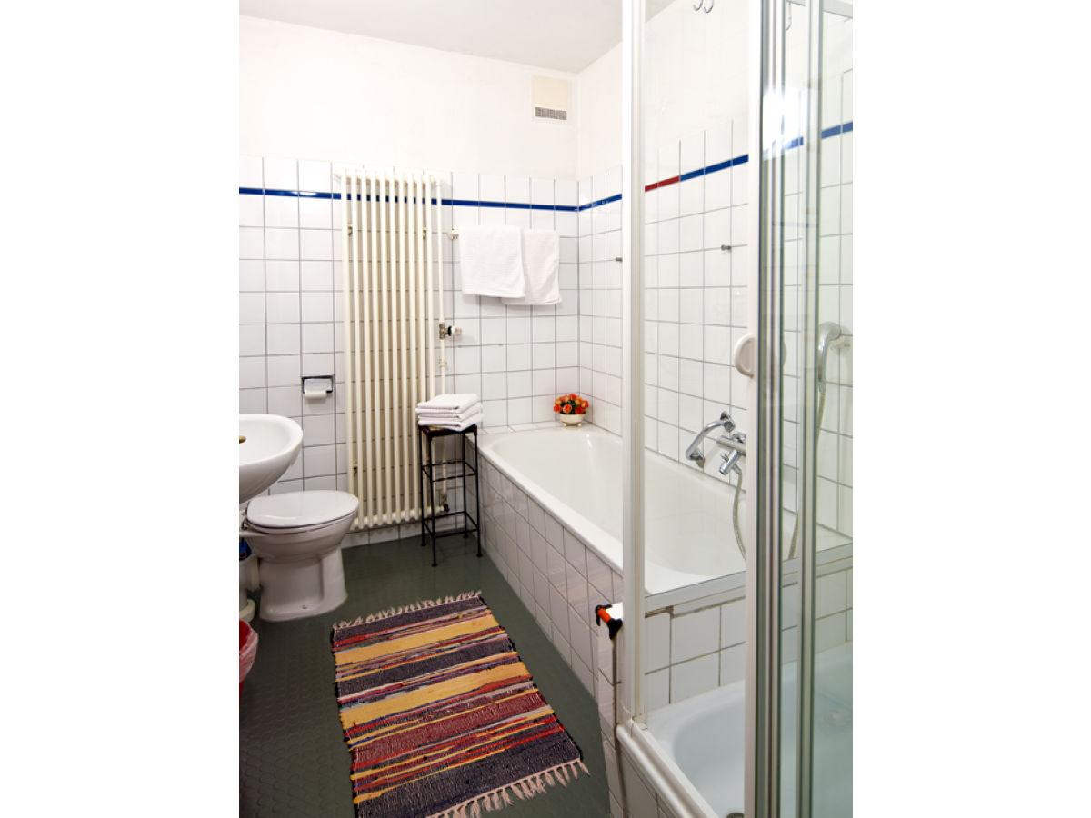 ferienwohnung im kulturdenkmal haus bachmann st m rgen. Black Bedroom Furniture Sets. Home Design Ideas