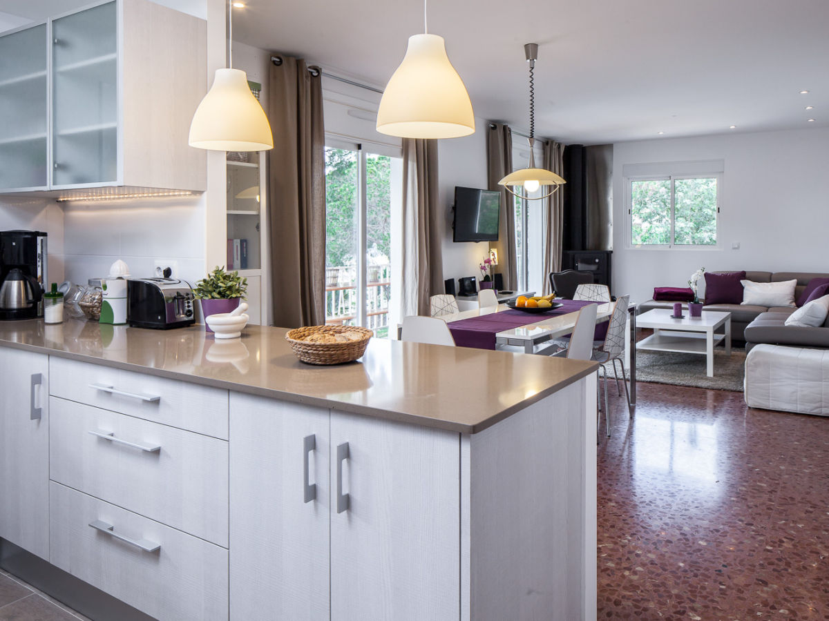 ferienhaus casa mirador costa brava familie sch tz. Black Bedroom Furniture Sets. Home Design Ideas