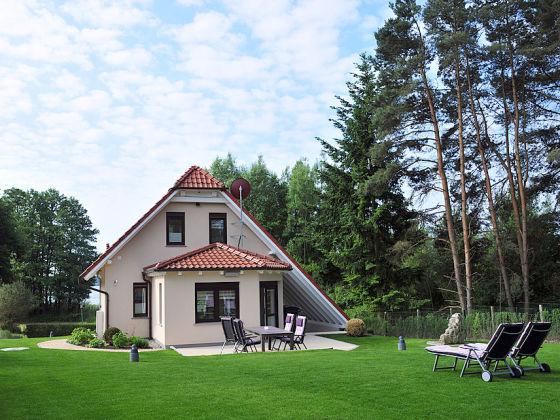Ferienhaus luxus haus am see fleesensee meckenburgische for Ferienhaus am see