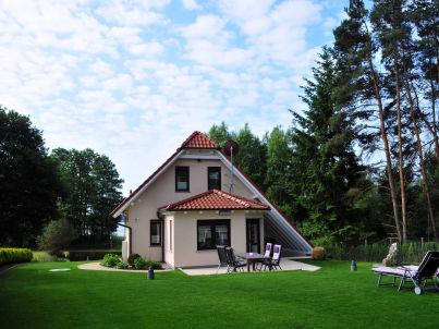 Luxus-Haus am See
