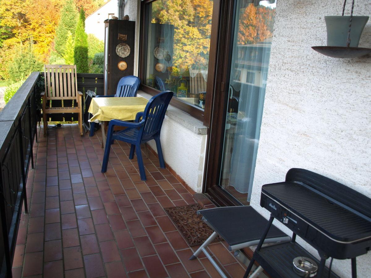 Ferienwohnung wohlf hloase n rdlicher schwarzwald bad for Schaukelstuhl balkon
