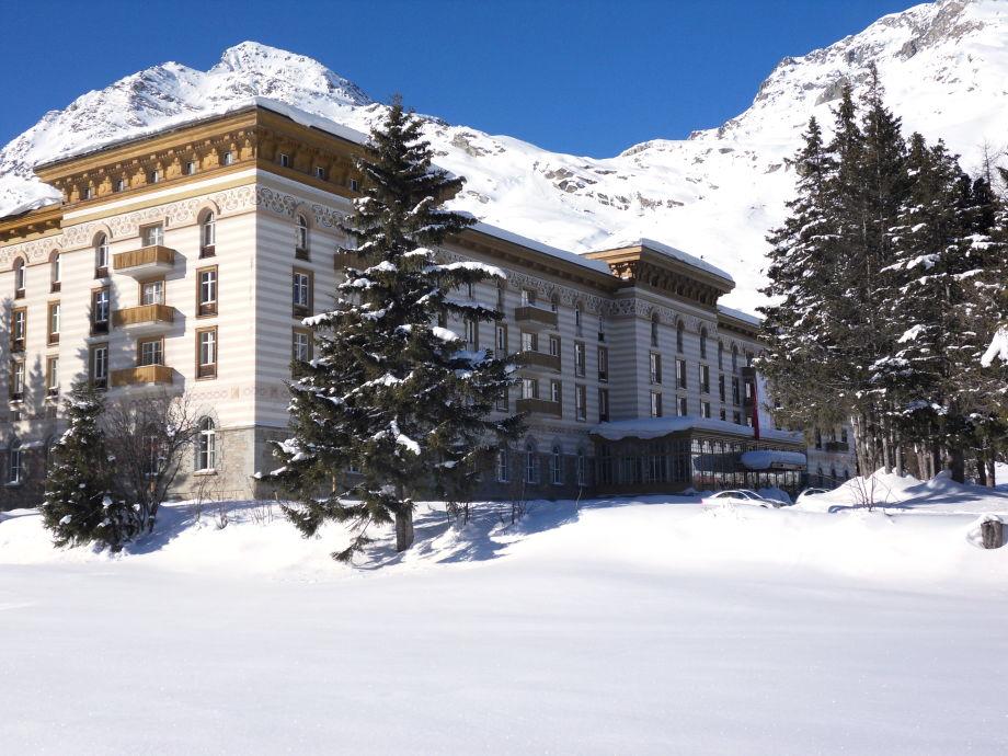 Außenansicht der Apartments Maloja Palace